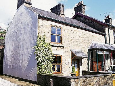 photo Cloud Cottage at Whaley Bridge