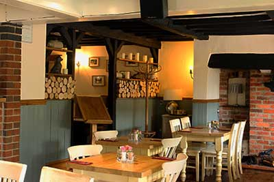 Crown Inn , pub ,  hotel and restaurant in Marston Montgomery near Ashbourne Derbyshire